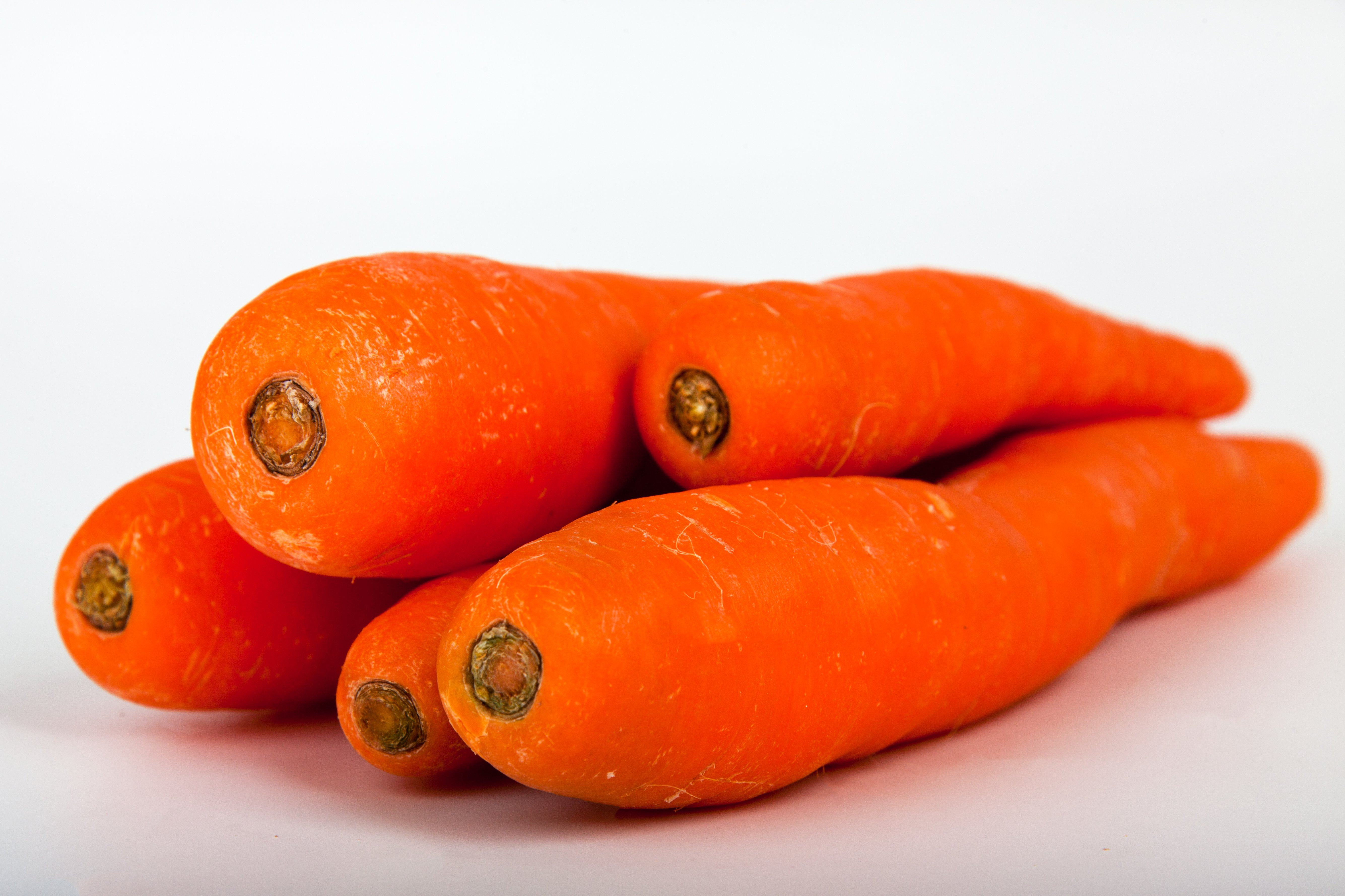 Sore throats can be treated with carrot poultice