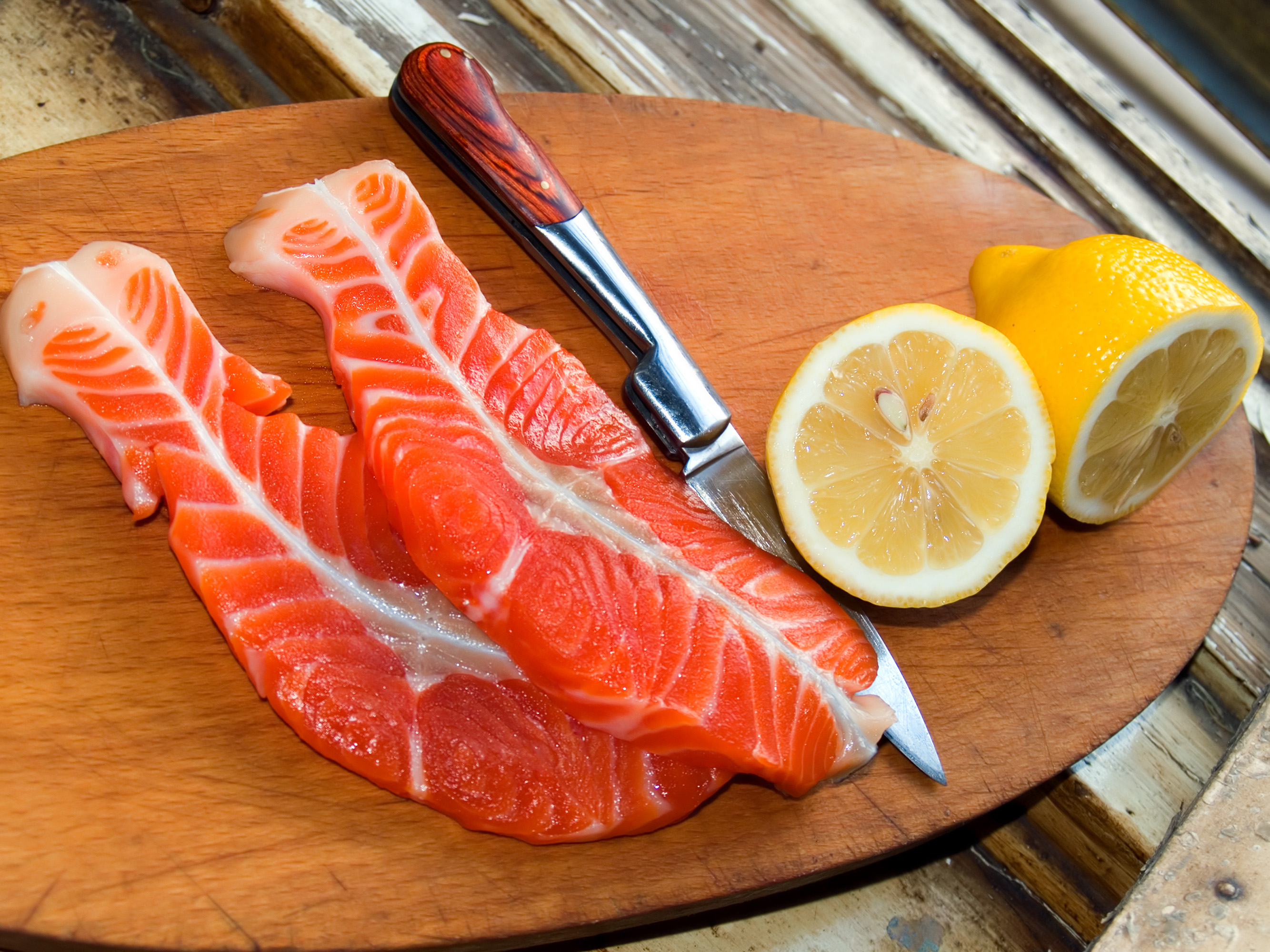 Salmon contain omega-3 fatty acid health benefits that grow telomeres.